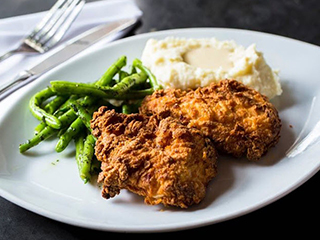 Fried Chicken with Mash and Gravy