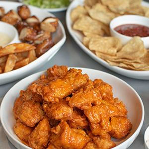 Buffalo Wings, Tortilla Chips